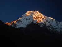 Hiking image in Nepal